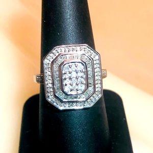 Stunning 1.02ctw H-SI Diamond Baguette 925  Ring